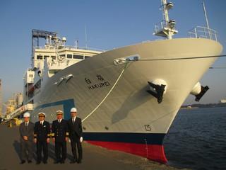 海洋資源調査船「白嶺」視察3.JPG
