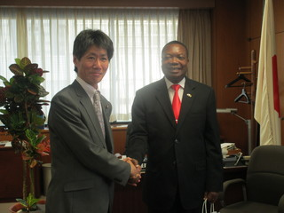 表敬:モザンビーク共和国 ジャイミ・イメーデ エネルギー副大臣.JPG